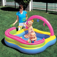 Foto Piscina Inflável 120 l Quadrada Bestway Play Center 52125