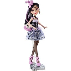 Boneca Ever After High Duquesa Swan Royal Mattel